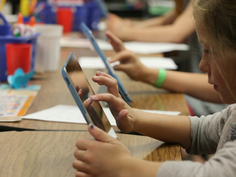 Struggle to teach students '21st century skills' when classroom technology isn't up to speed | Social Learning Trends | Scoop.it