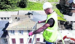 Barèges. L'hôtel du Tourmalet démoli suite aux inondations - LaDépêche.fr | Revue de Presse du Caf des Vallées | Scoop.it