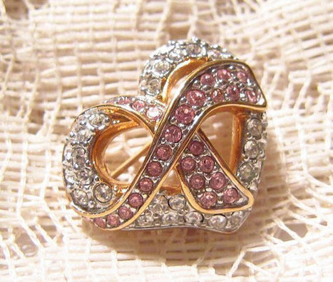 Swarovski Pink and White Rhinestone Heart Shaped Brooch Swan Signed | Fabulous Vintage Jewelry | Scoop.it