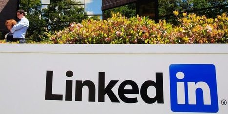 LinkedIn s'attaque aux aspireurs à profils | Social Media | Scoop.it
