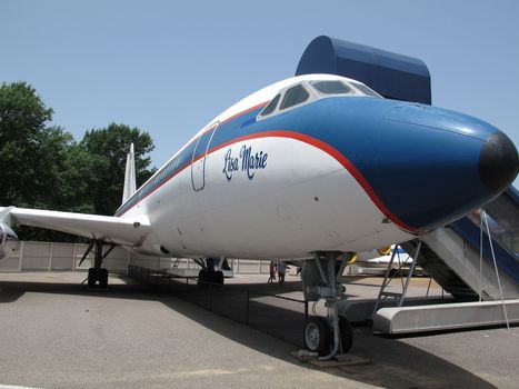 Elvis' old planes may be leaving Graceland - Fox News | dual qualified_nurse.paramedic_OHS | Scoop.it