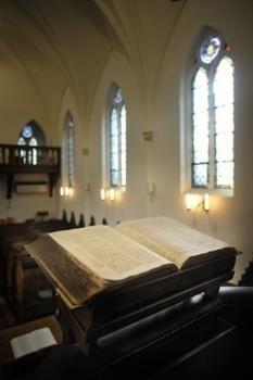 'Bijbel is later geschreven en staat boordevol fouten' | KAP-ANGELO | Scoop.it