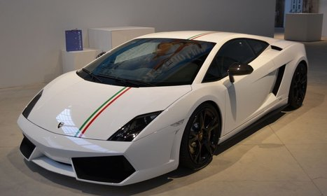 Make your Birthday Special with Lamborghini LP 550 Bicolore Hire Services | Luxury Car Hire | Scoop.it