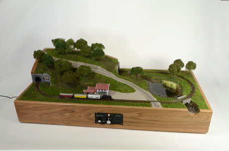 Bringing a Classic Marklin Z-Scale Model Railroad to Life With Arduino | Raspberry Pi | Scoop.it