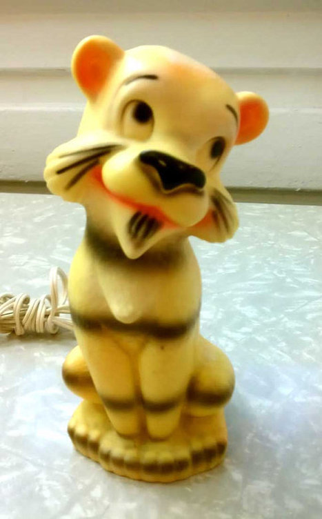 Vintage Mod Retro Tiger Cub Night Light Nursery Lamp Cute Plastic Portable Lighting | Kitsch | Scoop.it