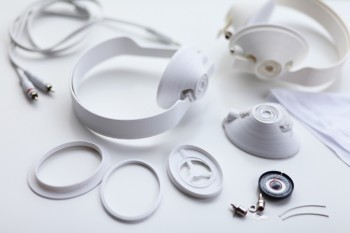 Classic Design Firm Goes Ultra-Modern With 3D-Printable Headphones | FabLab today | Scoop.it