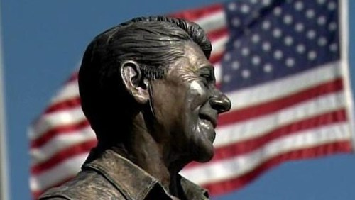 HORRIFYING: Life-Size Statue Of Ronald Reagan Torched In Temecula - CBS Los Angeles