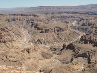 The watery formation of Fish River Canyon in arid Namibia | Conformable Contacts | Scoop.it