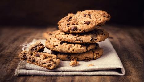 Gluten-Free Vegan Cinnamon Almond Cookies Recipe with Chocolate Chips - Eat Drink Better | My Vegan recipes | Scoop.it