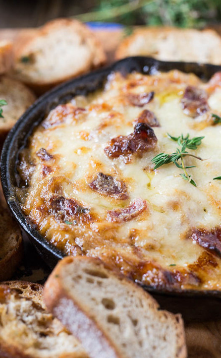 Hot Caramelized Onion Dip with Bacon and Gruyere | Foodrinks | Scoop ...