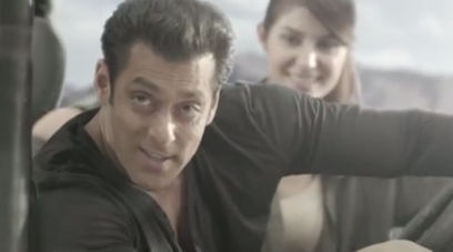 Watch: Salman Khan jumps from a plane in deadly new ad | Entertainment | Scoop.it