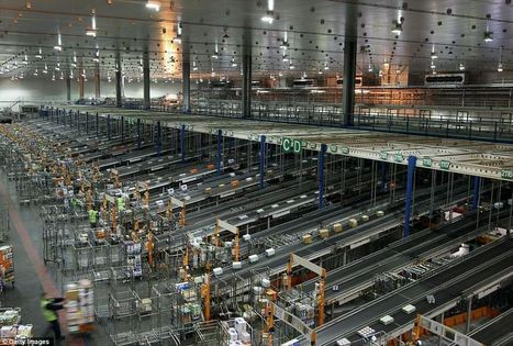 24 million customers, three million cases and four-and-a-half miles of conveyor belts: The supermarket warehouse that's gearing up for the Christmas rush | AlicanteBusinessStudies | Scoop.it