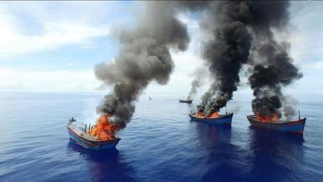 Palau burns Vietnamese boats caught fishing illegally | All about water, the oceans, environmental issues | Scoop.it