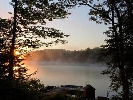 Lever de soleil sur le Lac Cromwell - Station de biologie des Laurentides - Saint-Hippolyte - Canada | Faaxaal Forum Photos gratuite Faune et Flore | Scoop.it