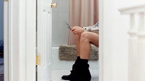 Toilet Tweeting: Social Media Invades the Bathroom | Love and Light Marketing | Scoop.it