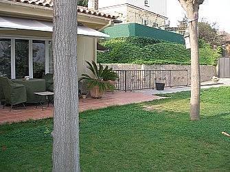 maison en location avec jardin à Sant Just, près de Barcelone   Barcelona   Scoop.it
