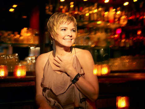Luminous vocals lift Karrin Allyson at Topeka Jazz Workshop | cjonline.com | OffStage | Scoop.it