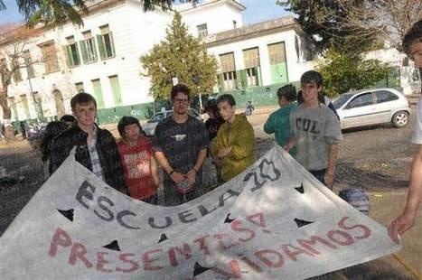 Múltiples protestas en escuelas de la Ciudad - Diario EL DIA   la violencia en la escuela   Scoop.it
