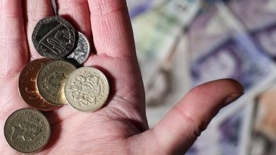 'Living standards squeeze continues' | Buss 3 and Buss 4 | Scoop.it