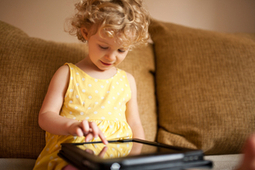 28% Of Kids Use Tablets Before They Learn To Talk | Digital Natives | Scoop.it