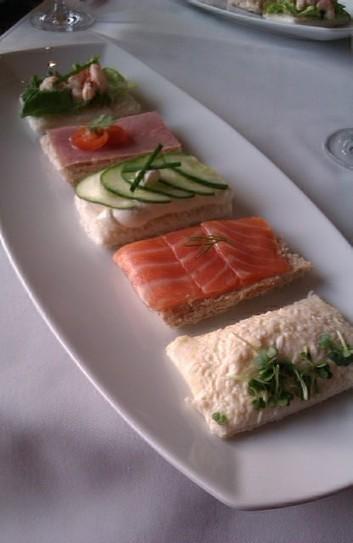 Afternoon Tea au Hilton « Voilà Londres! | Baking and Tea | Scoop.it