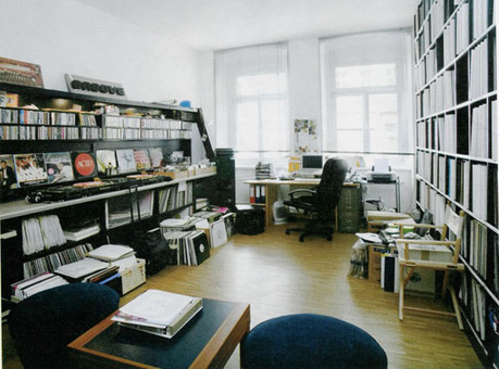 DJs Living Rooms Packed Full of Records | Home & Office Organization | Scoop.it