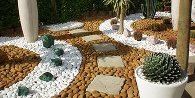 Creating artistic landscapes with decorative pebbles | Home improvement, Gardening | Scoop.it