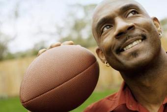 Cómo crear torsión al lanzar una balón de fútbol americano | el americano como deporte formativo de la vida | Scoop.it