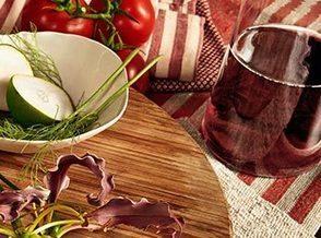 Ha il nome di un vino il colore Pantone del 2015: Marsala. | Vino e dintorni: a proposito di vini, bottiglie, tappi, etichette, bicchieri, il vino in cucina e... | Scoop.it