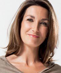 Anne-Claire Coudray (74e promo ESJ) nommée remplaçante des JT du week-end de TF1   DocPresseESJ   Scoop.it