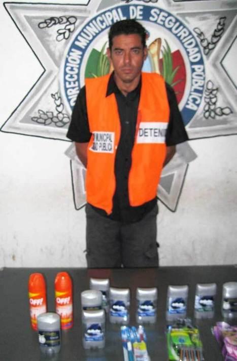 Detenido por robo en Soriana Centro | ContactoHoy | Tipos de Robo | Scoop.it
