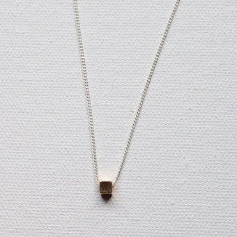 Mini Square Layered Necklace! | Layered Necklaces & Silver Bangle Bracelets | Scoop.it