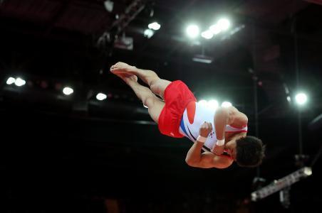Surcoreano Yang gana título de salto en Campeonato Mundial
