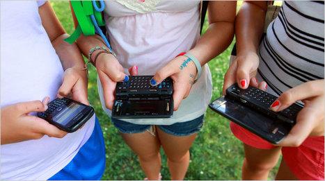 How Should Schools Handle Cyberbullying? - NYTimes.com   How are schools handling cyber bullying?   Scoop.it