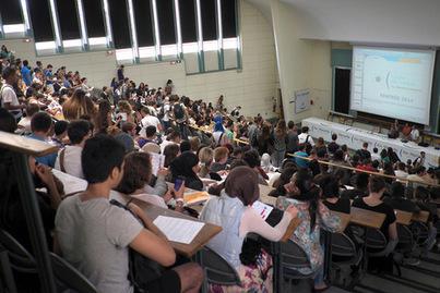 Des étudiants souverainistes lancent un nouveau syndicat | vigilance | Scoop.it