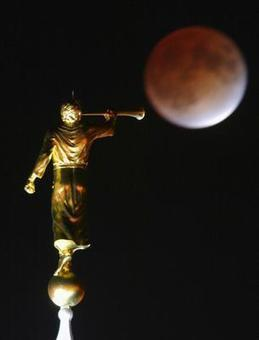 20 little-known facts about the Mormon Angel Moroni statue - Deseret News | Latter-day Living | Scoop.it