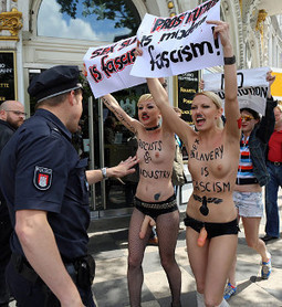 Femen in North America! Interview with the Feminist- Activist - Topless Leaders - Institute for Ethics and Emerging Technologies | Orgasmtool | Scoop.it