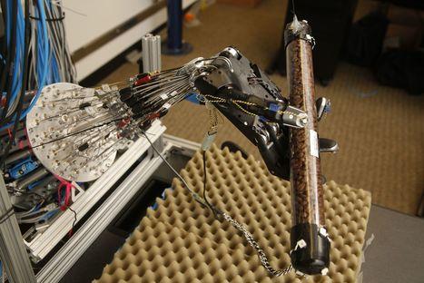 La main robotisée qui apprend toute seule   Filières métiers   Scoop.it