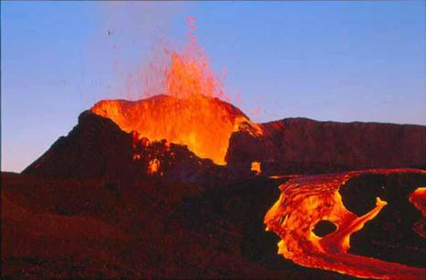 Twitter / manulauret: @cadysca @NMolieres @jemt2253 ... | Volcan Ile de la Réunion | Scoop.it