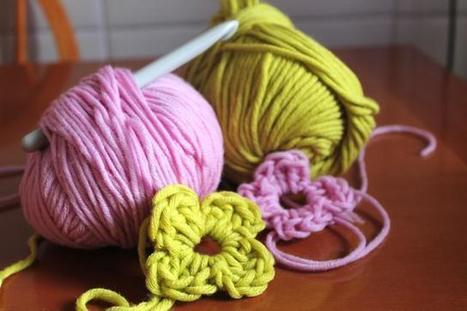 Fiori di lana - Flowers of wool | MOnica e lo scrapbooking | Scoop.it