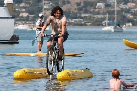 World's First 'Water Bicycle' Allows Commuter to Bike Across the San Francisco Bay | BOB to BOL by BOV | Scoop.it