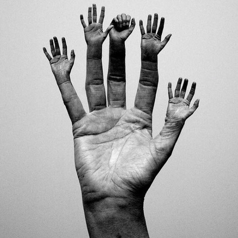 "35 Imaginative ""Hands And Fingers"" Photo Manipulations 
