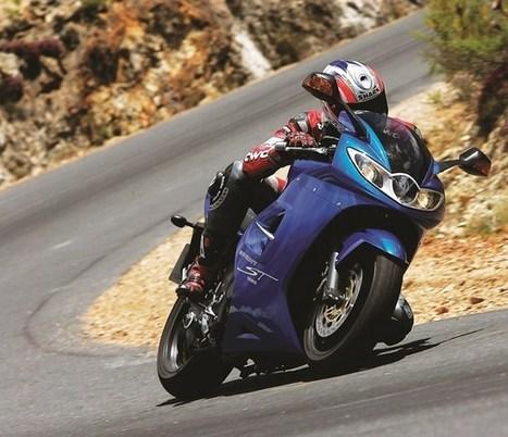 Road Test: Triumph Sprint ST | Motorbike frenzy | Scoop.it