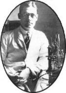 Howard Florey - Maker of the Miracle Mould | Marvellous Micro-organisms | Scoop.it