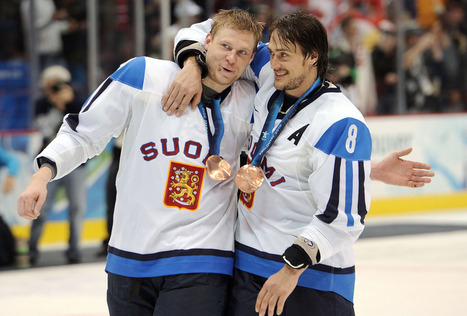 Teemu Selanne and the 11 Best Finnish Born NHL Players in History - Bleacher Report | Finland | Scoop.it
