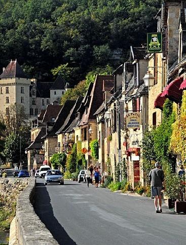 La Roque-Gageac : petit guide touristique du village | A visiter | Scoop.it