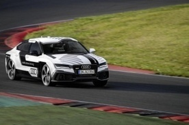 Outraced by a robot: Watch Audi's autonomous RS 7 conquer the track | Heron | Scoop.it