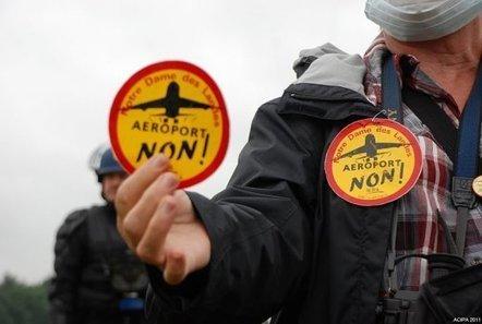 Le gouvernement Ayrault déloge les opposants à l'aéroport Notre-Dame-des-Landes - Concertation ? - Basta ! | # Uzac chien  indigné | Scoop.it
