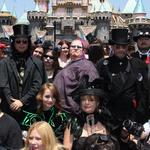 Journée goth à Disneyworld ! | VICE | coups de coeur, coups de gueule | Scoop.it