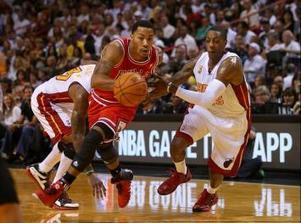NBA: Heat Receive Rings, Spoil Derrick Rose's Return in 107-95 Win - Sport Balla | Basketball | Scoop.it